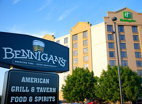 Enjoy stay at Bennigan's Irish Restaurant and Pub